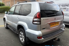 Toyota Land Cruiser tinted in 20% dark smoke