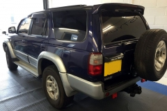 Toyota Hilux 5% limo tint